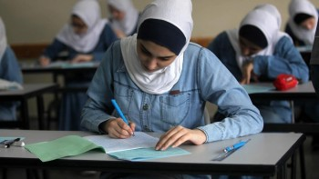 جامعات غزّة بلا طلاب: الفقر يؤجّل الدراسة