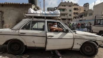 التوثيق الاغاثي يواصل انتهاك خصوصية المحتاجين في غزة