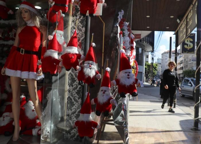 هكذا يستعد الفلسطينيون لاستقبال أعياد الميلاد