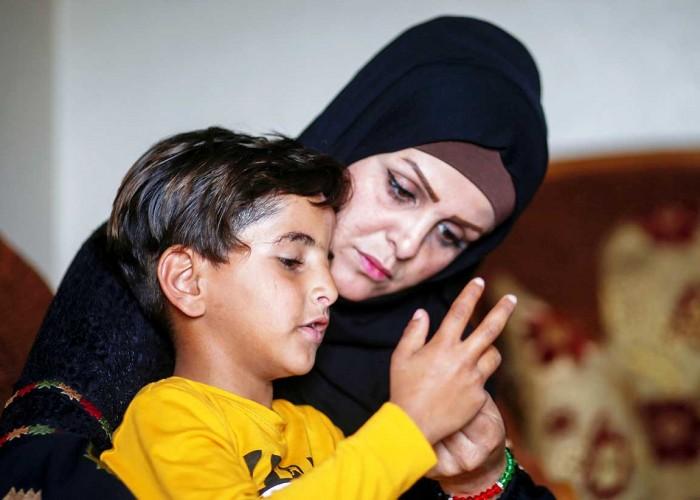 عيد الأم لا يمر على أسرة «نفين» لأسباب سياسية