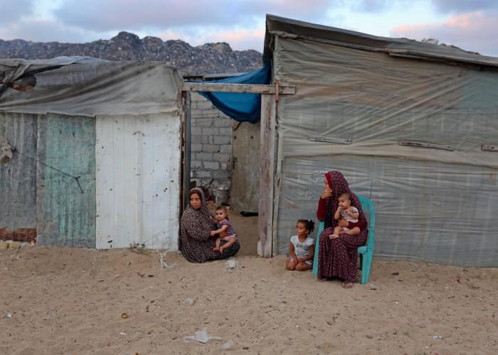 هل بدأ الفقر يتمدد في غزة كالثعبان ؟